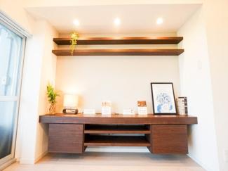 TVボード付。収納だけではなく、インテリアとしてもお部屋をオシャレな空間に演出してくれます。