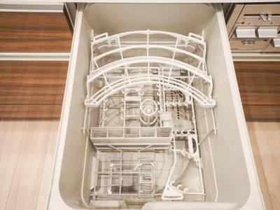 食洗機付きで家事もはかどります。