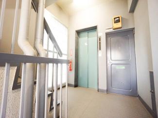 エレベーター・共有廊下