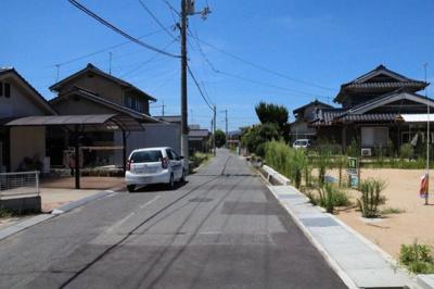 【前面道路含む現地写真】駅家町倉光 分譲地5区画