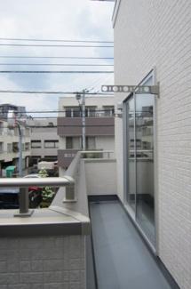 【バルコニー】国立市富士見台2丁目 全4棟 1号棟 仲介手数料無料