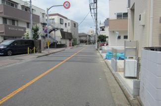 【前面道路含む現地写真】国立市富士見台2丁目 全4棟 1号棟 仲介手数料無料