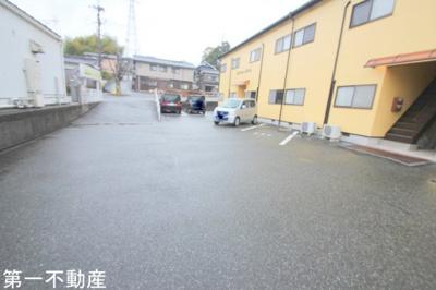 【駐車場】学園坂ハイツ