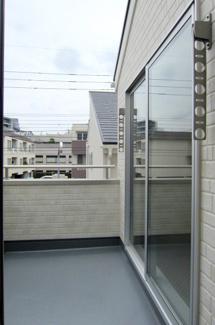 【バルコニー】国立市富士見台2丁目 全4棟 2号棟 仲介手数料無料