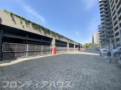 【駐車場】摩耶シーサイドプレイスウエスト2番館