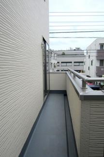 【バルコニー】国立市富士見台2丁目 全4棟 4号棟 仲介手数料無料