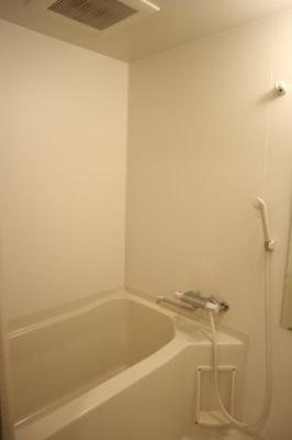 【浴室】ラ・ウェゾン中道