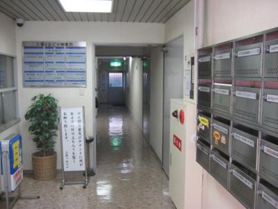 【エントランス】堺東駅から5分!約15坪 事務所