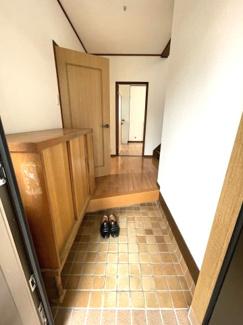 1階に和室と洋室があり、使い勝手が良い間取り