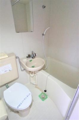 バス・トイレ・洗面台は一緒※写真は別のお部屋です