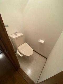 【トイレ】寝屋川市池田南町 中古戸建