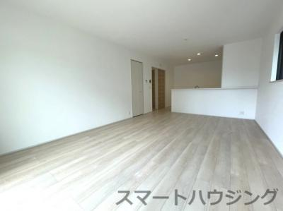 ゆったり過ごせる居間です LDK17畳あります。