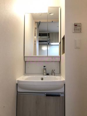 【独立洗面台】ララプレイス玉造パルク