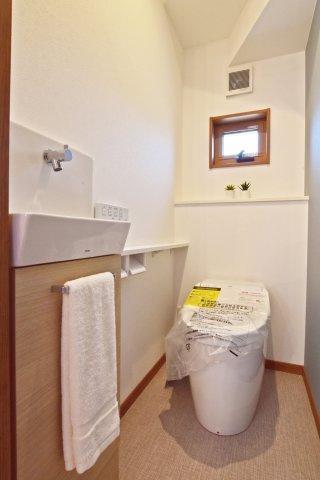 -同社施工例- リビングに和室を隣接させれば、キッズコーナーや客間など、目の届く位置で利用手段が増える嬉しい間取りに早変わりします。