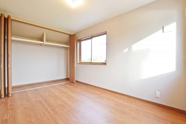 -同社施工例- 居室は2面採光が理想的。採光と通風を考えた間取りプランにしませんか。