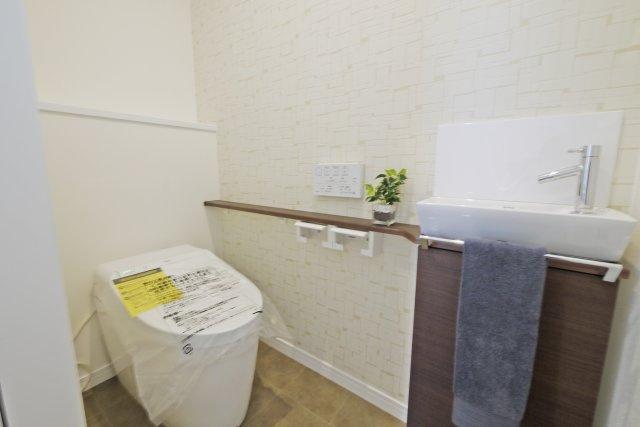 -同社施工例- 広々とした一坪タイプのお風呂。 ゆったりと疲れを癒せそうです。