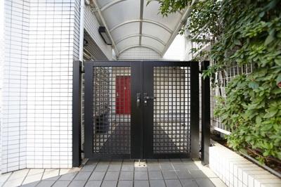 【玄関】トップ三軒茶屋第四