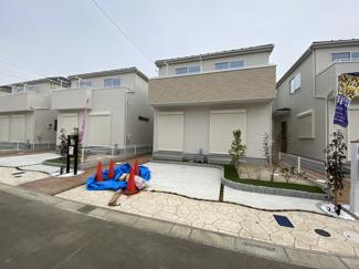 建物は全棟南西向きでしかも敷地が広いので陽当り良好です。