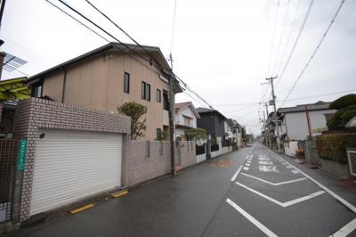 【前面道路含む現地写真】堺市堺区向陵中町 戸建