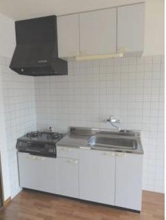 ※イメージ コンパクトなキッチンで掃除もラクラク