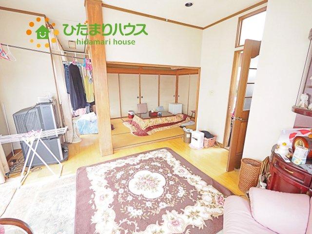 1階、8帖の和室スペース☆