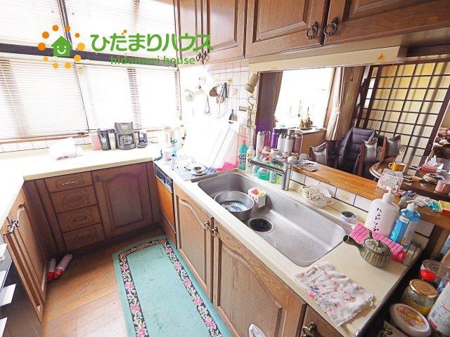 お料理のしやすいコの字型キッチン☆彡