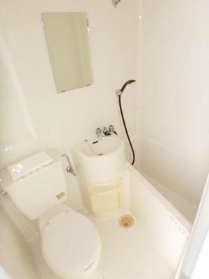 【浴室】ホワイトロッジ