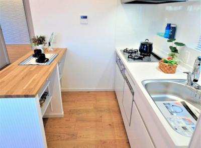 【キッチン】レック亀戸グリーンマンション 2階 角部屋 リノベーション済