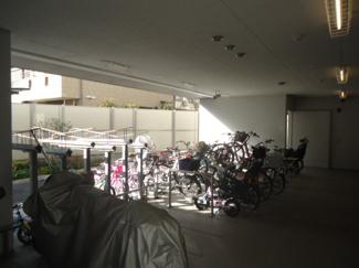 【駐輪場】ジオ阪急川西ステーションフロント 2階