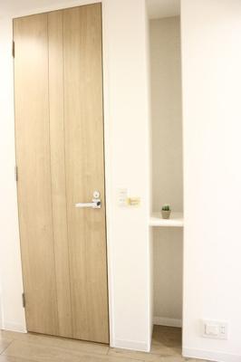 トイレ横の棚