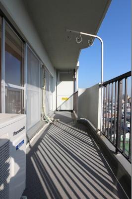 【バルコニー】大島スカイハイツ  10階 角 部屋 2014年 リ ノベーション済