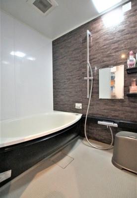 【浴室】大島スカイハイツ  10階 角 部屋 2014年 リ ノベーション済