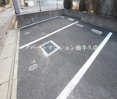 【駐車場】Flora iwata(フローラ イワタ)