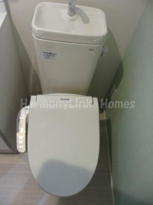 ブランニューデイズ梅島の清潔感のあるトイレです