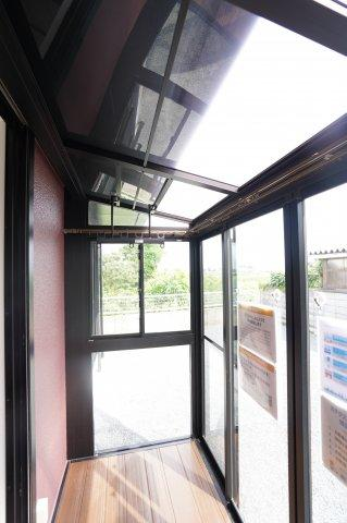 雨の日でも安心のサンルームがございます。本日、建物内覧できます。お電話下さい!