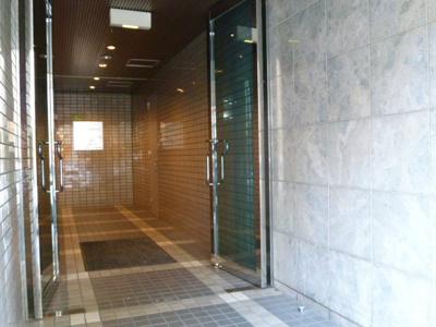 【エントランス】トゥーラント88ビル