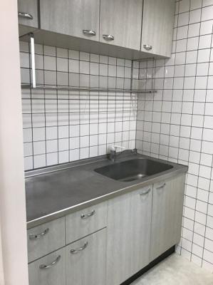 【キッチン】トゥーラント88ビル