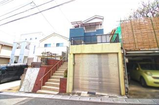 最寄り駅は少し遠いですが、バス停『琵琶台3丁目停』が徒歩4分にあり京阪宇治駅まで行けます。