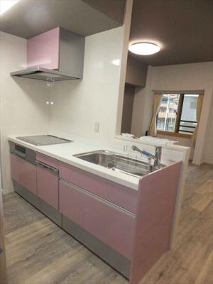 【キッチン】 2019年3月に交換済です。IHコンロ、食洗機完備!