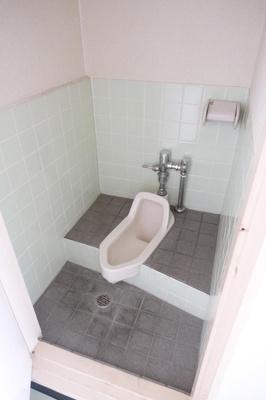 【トイレ】関目1丁目貸店舗・事務所
