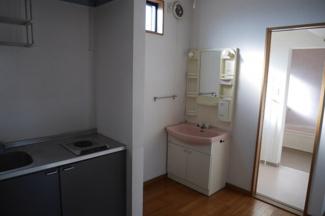 2階 キッチン~洗面台