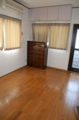 2階 北側洋室