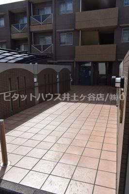 【エントランス】グレイスフル六ッ川