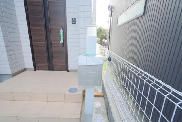 【玄関】藤沢市本藤沢2丁目 新築戸建 10号棟