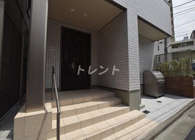 【エントランス】ドルチェヴィータエイチケー【DOLCEVITA・HK】