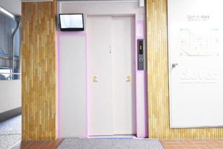 エレベーター 防犯モニター付き