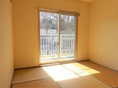 南側和室4.5畳