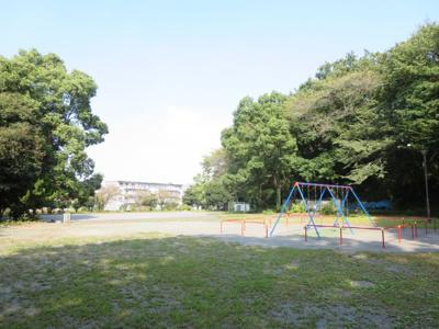 南側にある竹山南公園