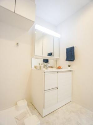 3面鏡洗面化粧台