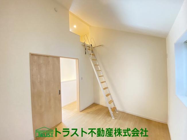 【洋室】明石市本町1丁目 新築一戸建